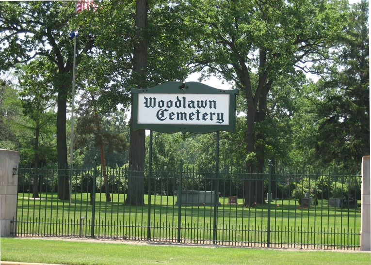 Woodlawn Cemetery Entrance sign
