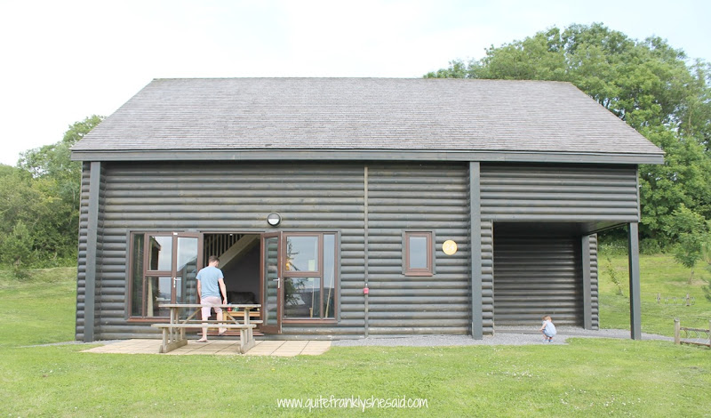 exterior-of-grassholm-lodge-at-bluestone-wales