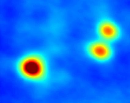 sistema estelar triplo na Nuvem Molecular de Perseus