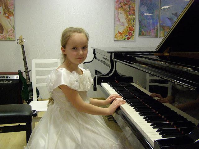 """Noor helilooja""ja kontsert-loeng 2012 - 3.JPG"