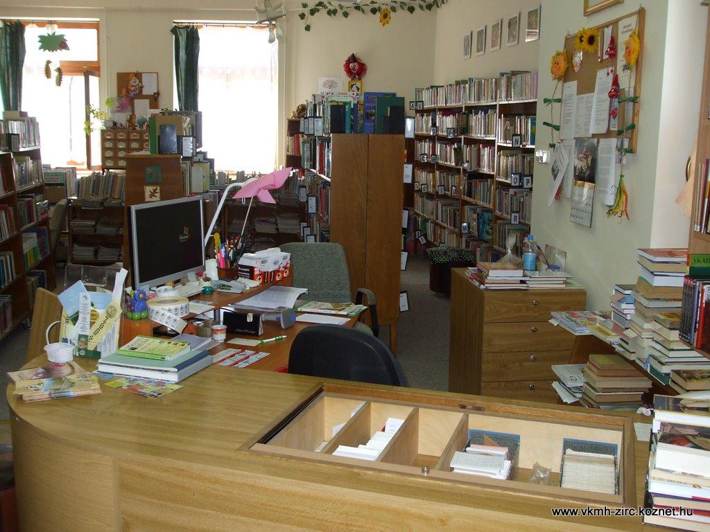 2009 jan. könyvtár 002.jpg rel=