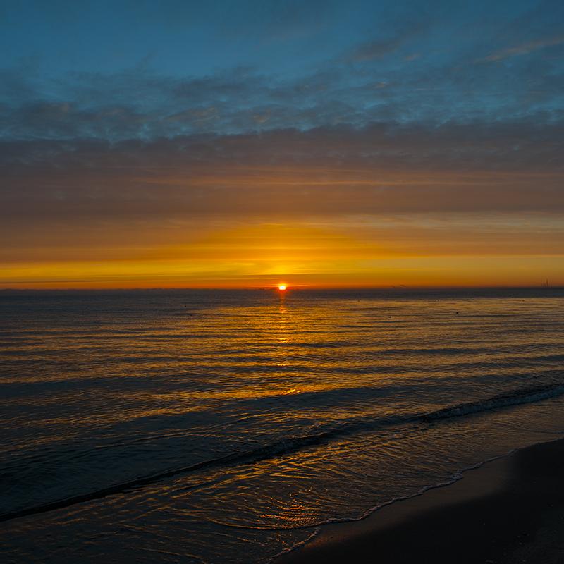 Last sunrise 2014 (14).png