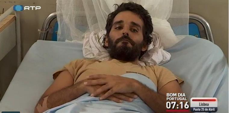 [Luaty+na+cama%5B4%5D]