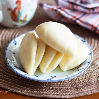 Lotus Leaf Bun / Foldover Bun Makes 18 buns.