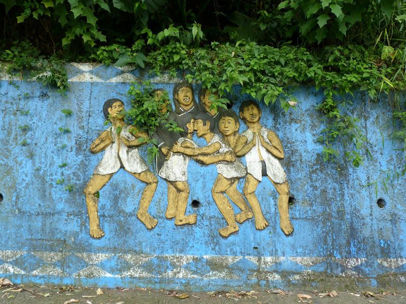 Puli  en passant , entre autres, par les villages de l ethnie Bunum de Loloko et Dili. J 10 - P1160998.JPG