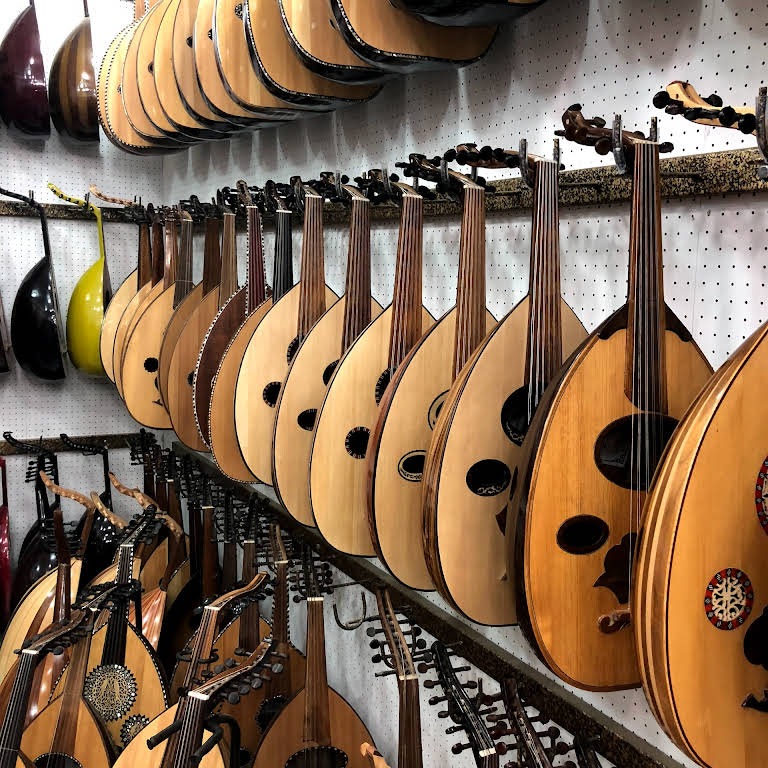 حلة العود متجر آلات موسيقية في الرياض
