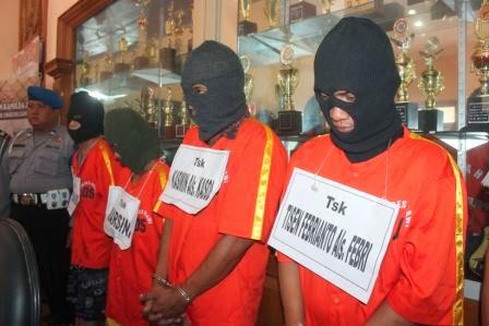 Tiga Tersangka Pembunuh Wanita Bertato Terancam Hukuman Mati