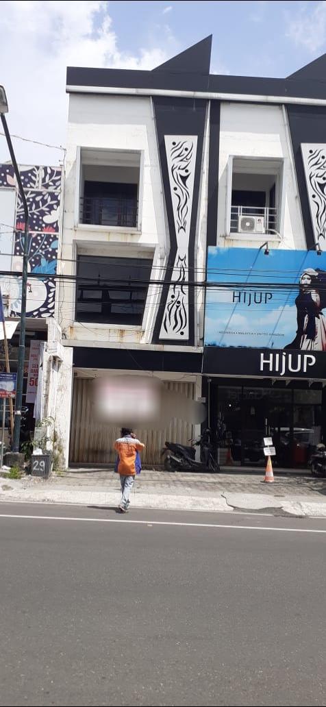 Ruko 3 Lantai strategis Kawasan Pusat Bisnis Pinggir Jalan Simanjuntak Jogja
