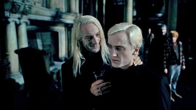 Draco de Harry Potter liga para seu pai da ficção em TikTok divertido