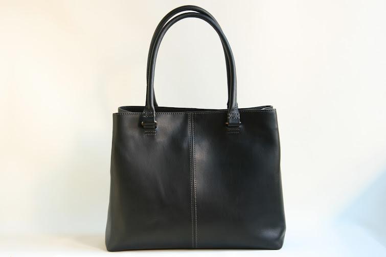 NOMADE size M: black