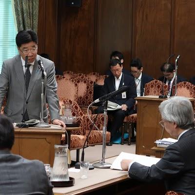 20180521決算委員会質問-06.jpg
