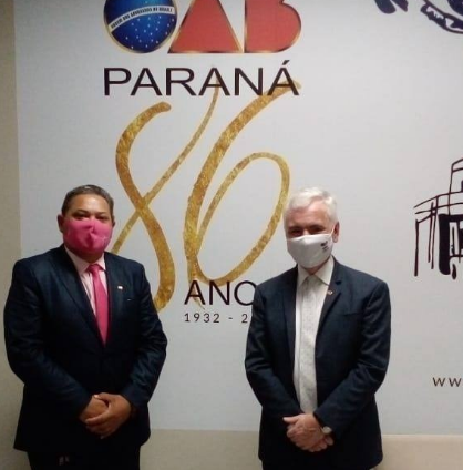 Mesael Caetanos é recepcionado pelo presidente da OAB/PR