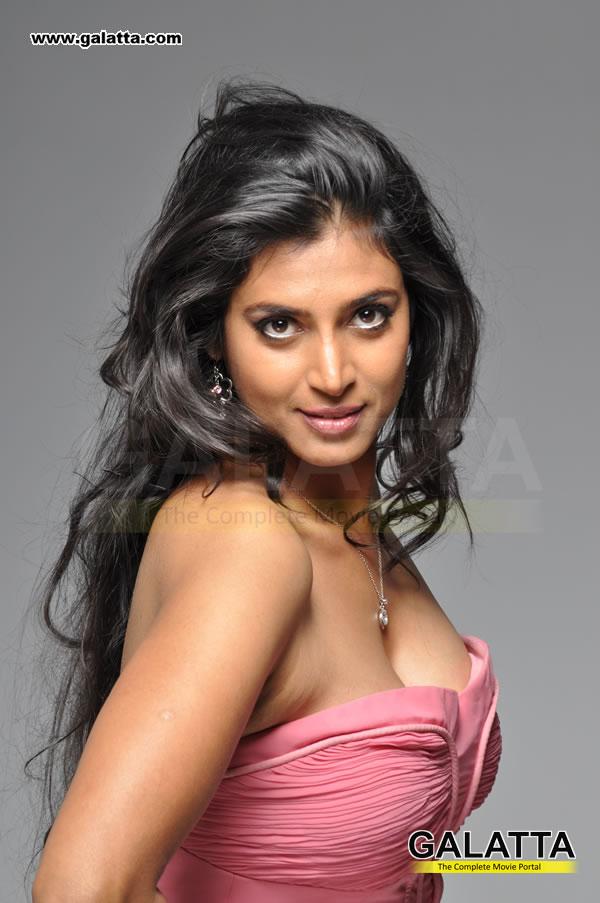 Sri lankan young nudes