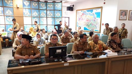 Tanggulangi Kemiskinan, Wabup Sukabumi : Jalan Kabupaten dan Jalan Desa Harus Dibangun Terus