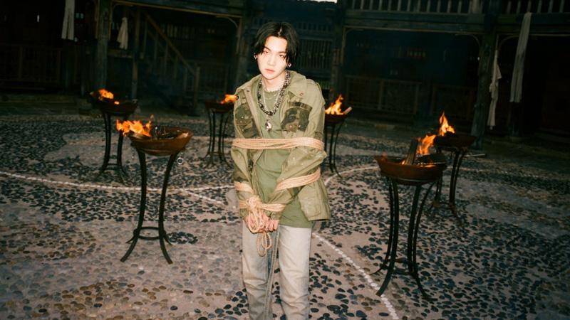 Agust-D-BTS-Suga-Daechwita-MV-Fashion