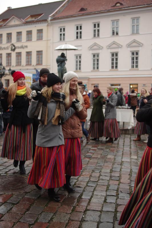 12. detsember 2015 - Tartu talvine tantsupidu Raekoja platsil - IMGP9018.JPG