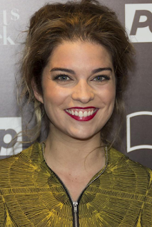 Annie Murphy  Net Worth, Income, Salary, Earnings, Biography, How much money make?