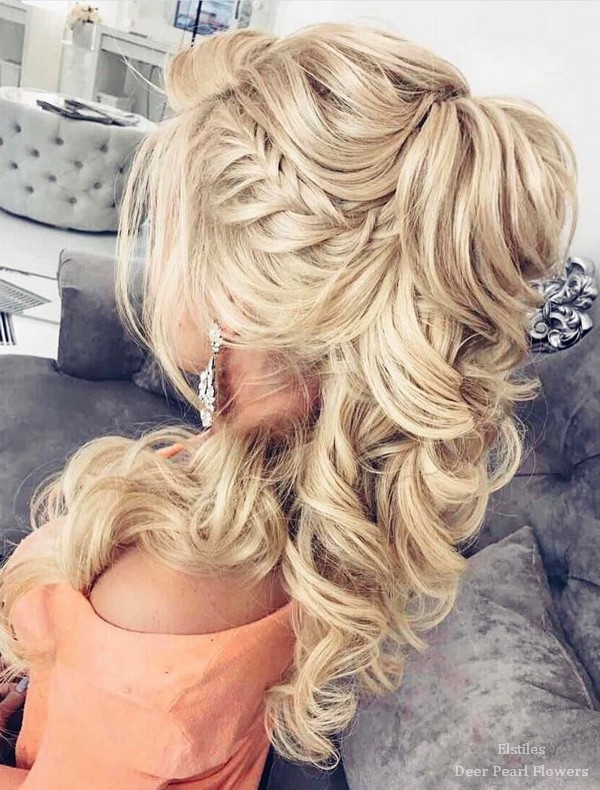Most Popular Wedding Hairstyles For Women's 2018 1