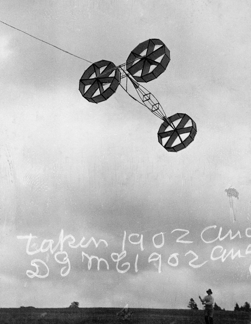 graham-bell-tetrahedral-kites-15