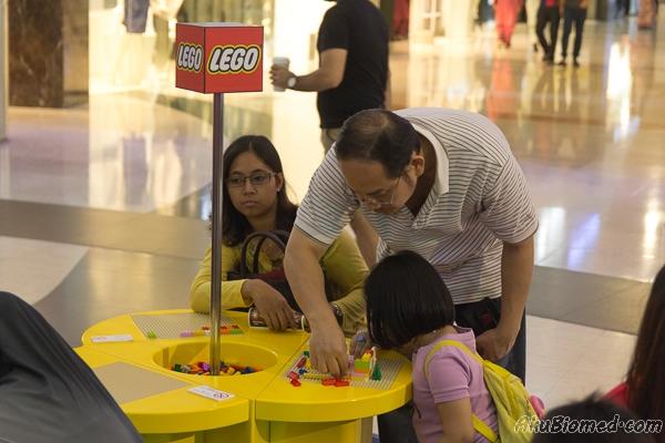 aktiviti kekeluargaan membina dengan blog lego