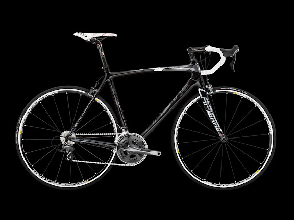 29WS-Xelius-Black.jpg