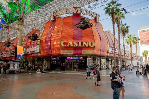 Casino fined $300,000 after security guard handcuffed wrong woman wanted for theft for over 90 minutes