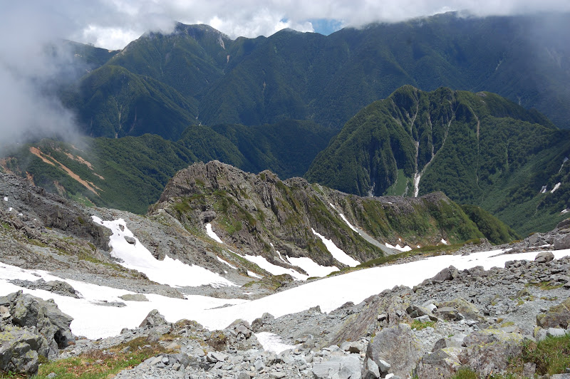北穂高岳下山途中の景色
