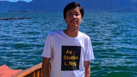 Penulis Wisnu Anggara, Mahasiswa Sastra Minangkabau Universitas Andalas. Tradisi balimau di daerah minangkabau.