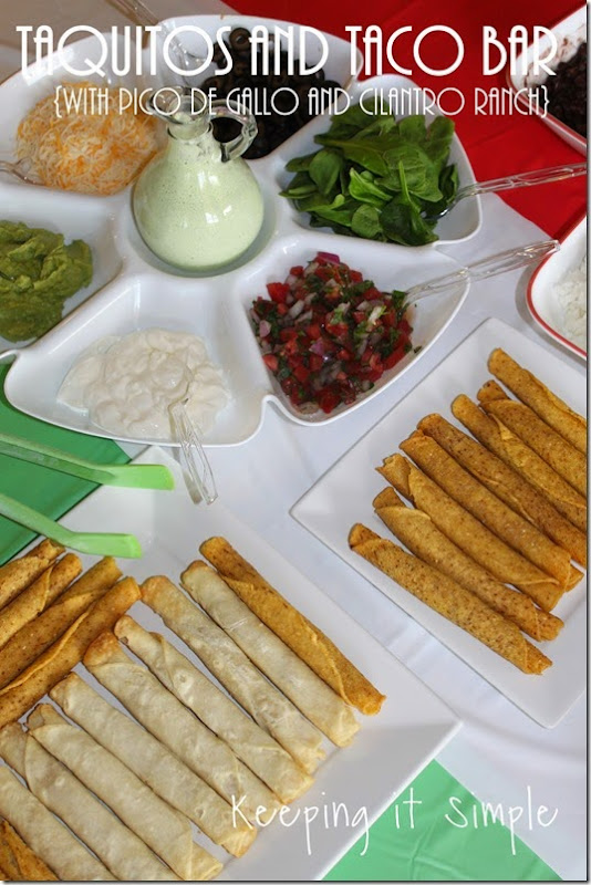 #ad Delimex-taco-bar-with-pico-de-gallo-and-cilantro-ranch-dressing #DelimexFiesta
