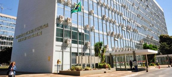 Crédito: Ed Alves/Esp. CB/D.A Press. Brasil. Brasília - DF. Denúncia de desvio de verba e corrupção, no Ministério do Turismo.