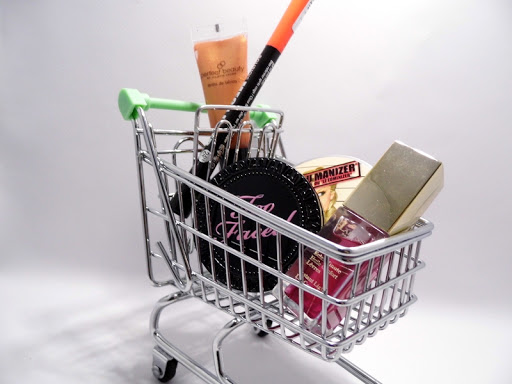 Will Online Apps Prevent Consumer Waste Or Embolden Customers To Buy More Stuff?