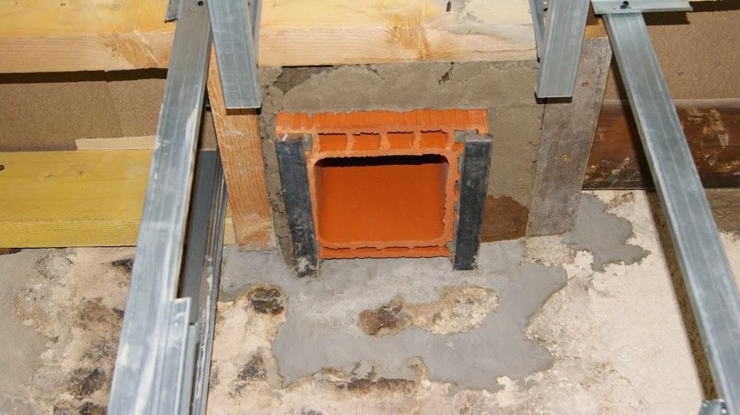 A l 39 aube du h risson for Construire un conduit de cheminee exterieur