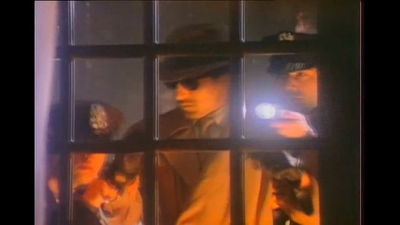 Michael Jackson - Billie Jean (Remastered HD 720p).mp4_snapshot_04.19_[2015.12.22_23.52.27]