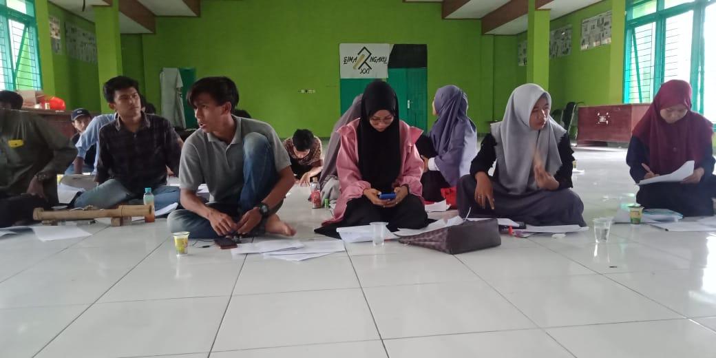 Aula PKM IAIN Bone Dikerumuni Mahasiswa Program Studi Komunikasi Penyiaran Islam