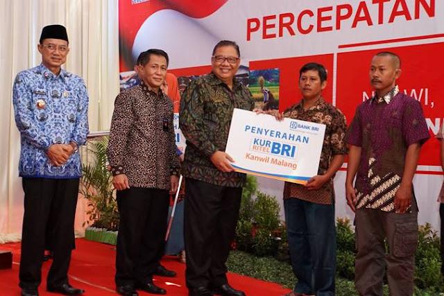 Menteri Koperasi dan Usaha Kecil Menengah (UKM) sosialisasikan percepatan penyaluran Kredit Usaha Rakyat (KUR)