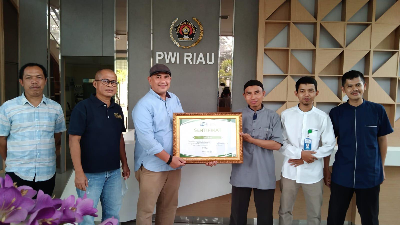 Jalin Kerjasama, Pengurus Rumah Yatim Silaturahmi dengan Ketua PWI-SMSI Riau