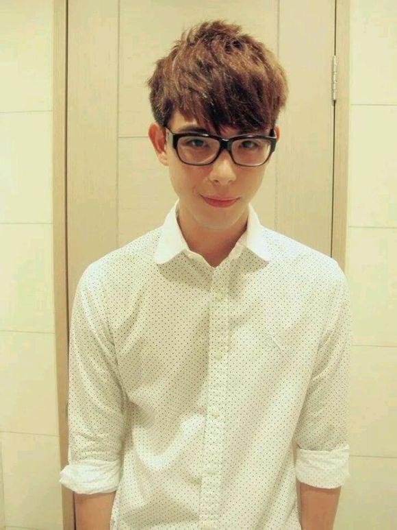 Simon Lian / Lian Chenxiang China Actor