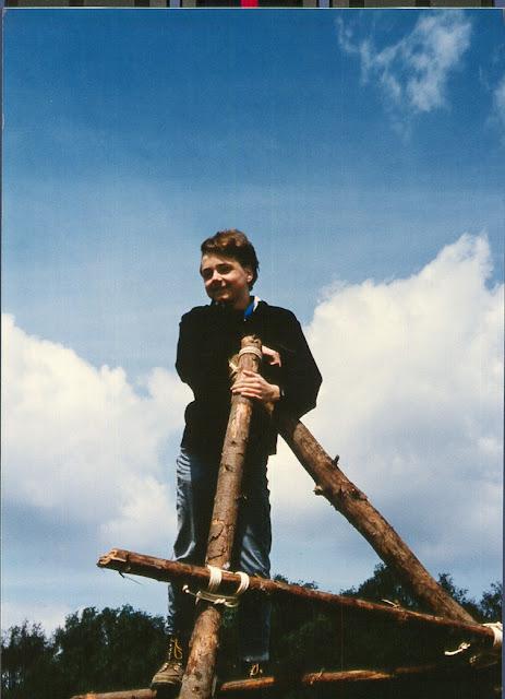 1985-1994 - 563-.jpg