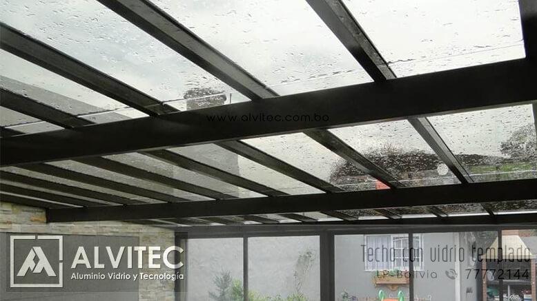 Techo de vidrio templado conestructura de aluminio