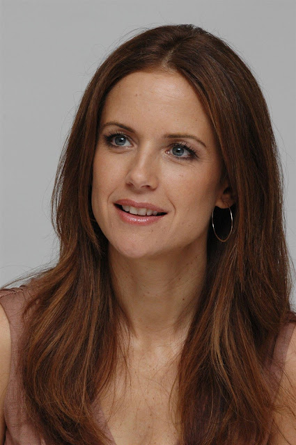 Kelly Preston Profile pictures, Dp Images, Display pics collection for whatsapp, Facebook, Instagram, Pinterest.