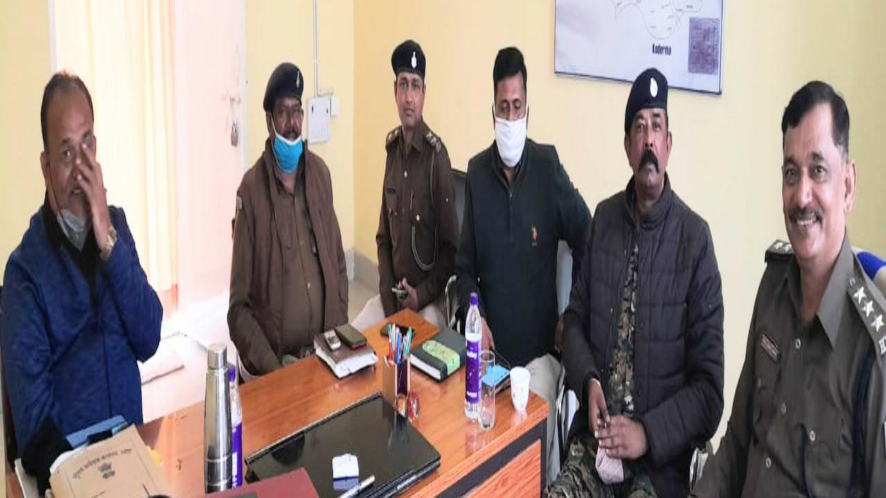 नक्सलियों को खदेड़ कर भगाने के लिए झारखंड और बिहार की फोर्स एक साथ चलाएगी ज्वाइंट ऑपरेशन