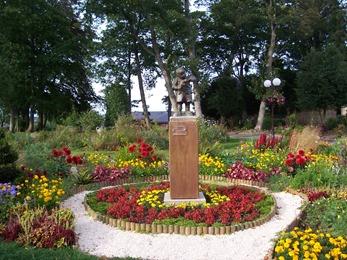 2012.08.26-009 jardin de la mairie
