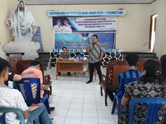 Renaldo Tuwongkesong Bagikan Ilmu di Pelatihan GAMKI Manado