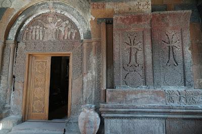 Portal des Klosters Hovhanavank