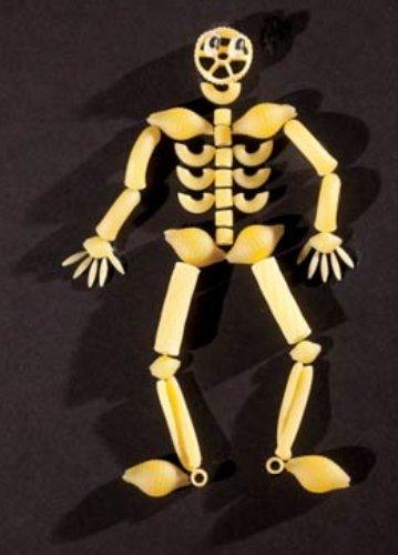 Esqueleto hecho con pasta cruda
