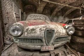 Abandoned Alfa Romeo 1600