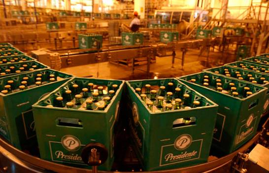 Cervecería trabaja en soluciones por escasez de botellas para suplir la demanda