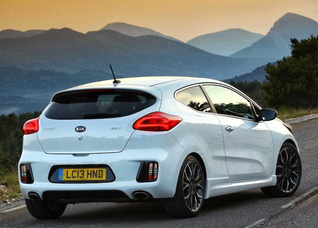 Yeni-Kia-Pro-Ceed-GT-2014-3