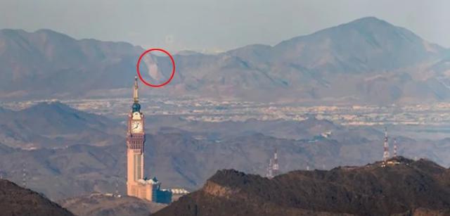 Strange Building Appear in camera