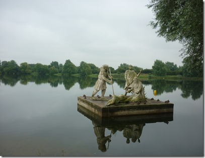 18 lear sculpture at watermead park